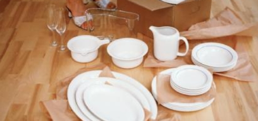 Moving Glasses & Dishware